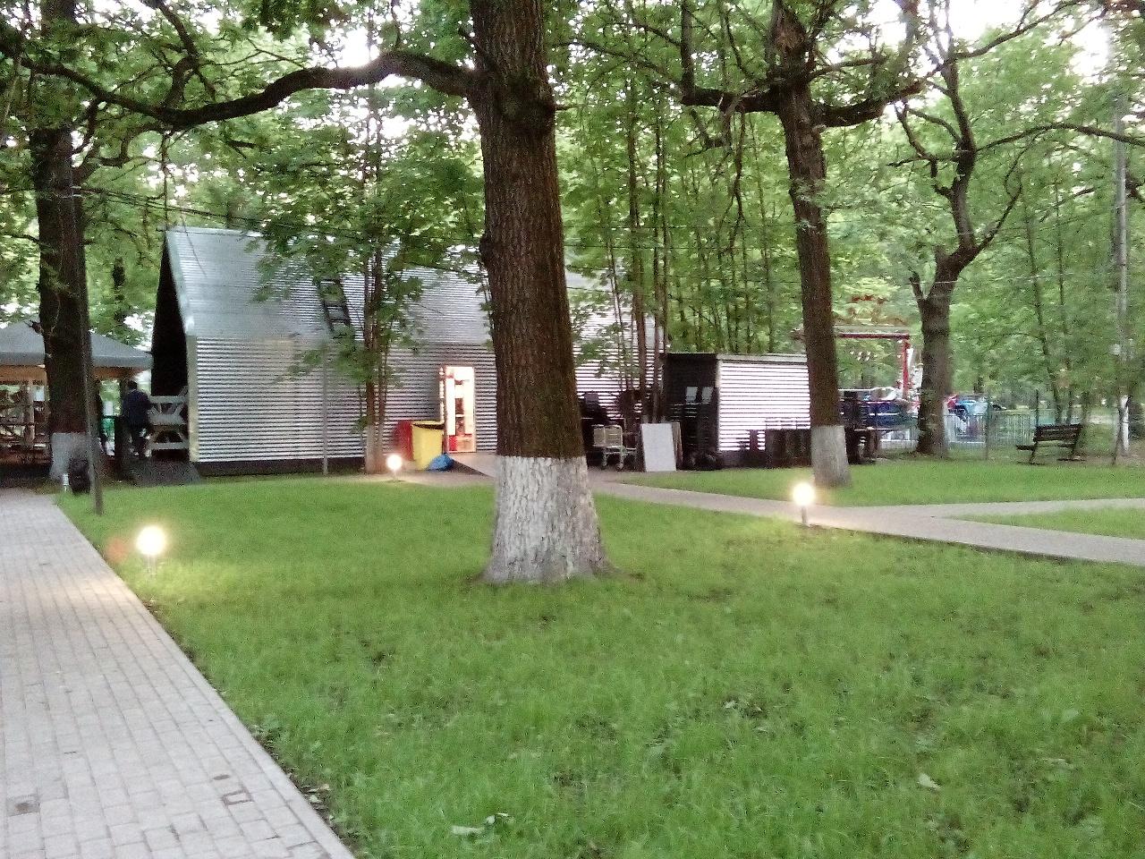 Барбекю в парках москвы фото электрокаминов в оформлении